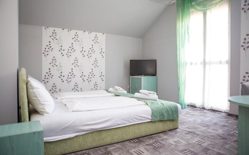 Pohodlne zariadené izby, Wolf Panzió, Sárvár, Maďarsko