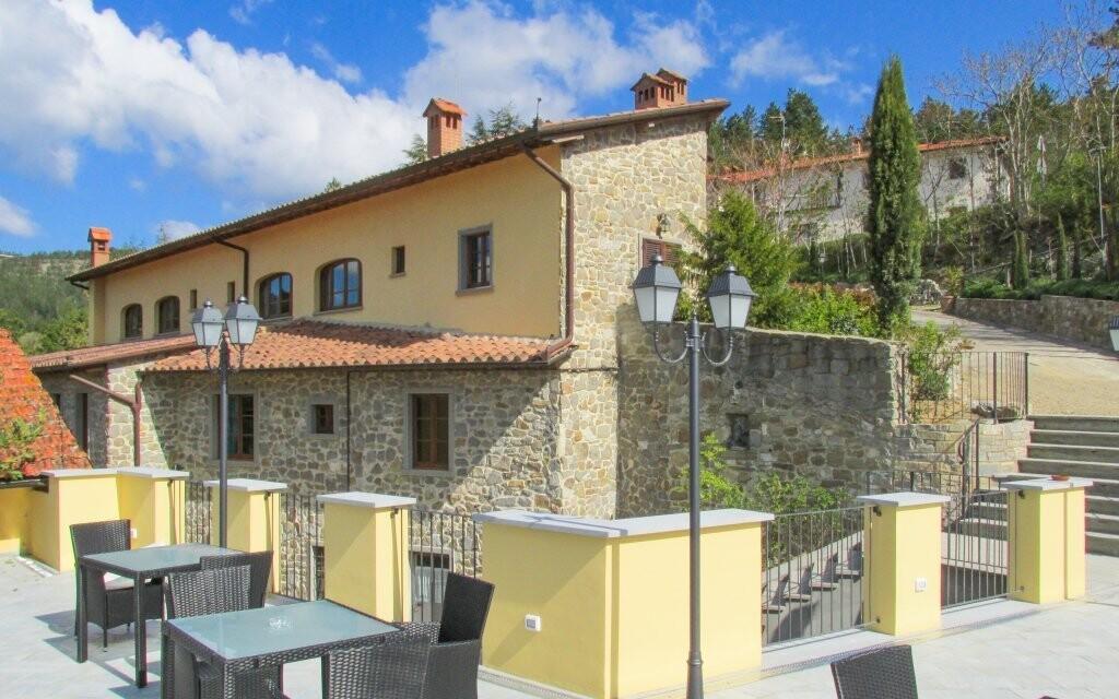 Vonkajšie posedenie, Borgo I Tre Baroni ****, Taliansko