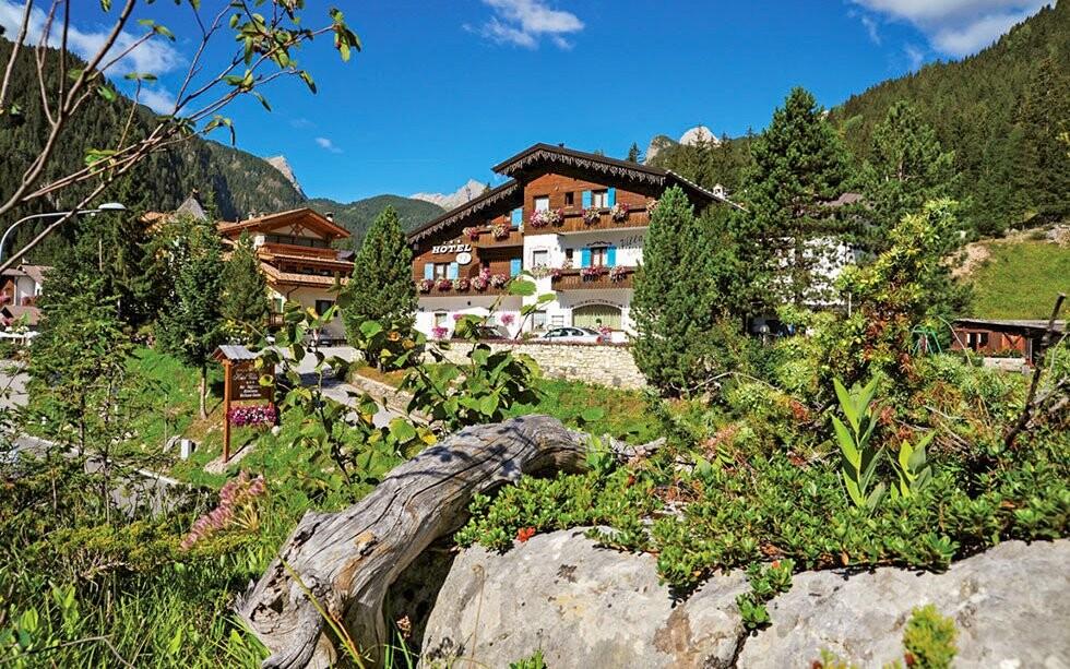 Hotel Villa Eden ***, italské Dolomity