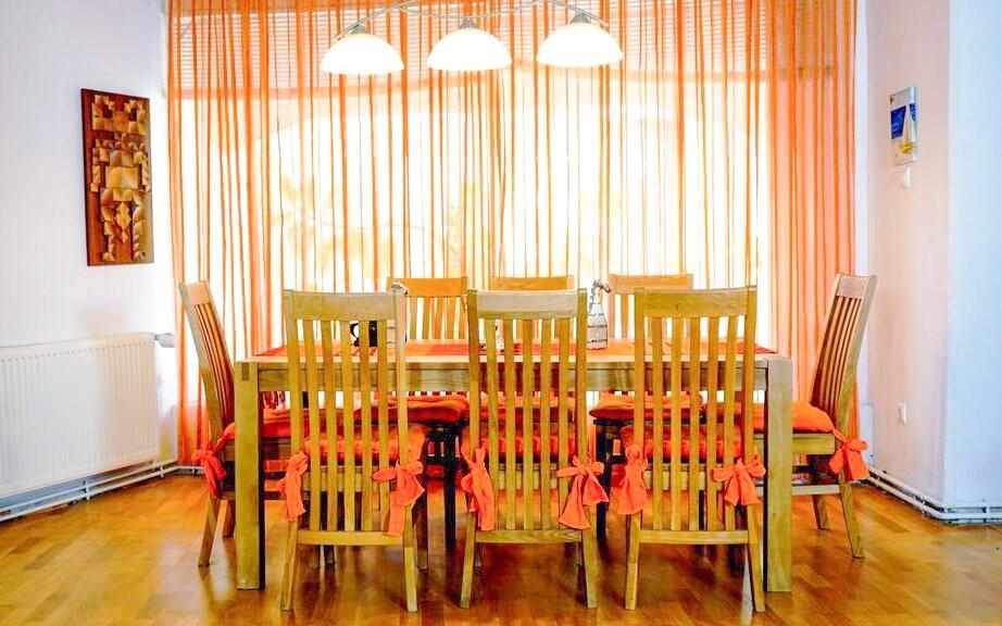Apartmán Family, jedáleň pre 10 osôb, Appartement zur Brücke