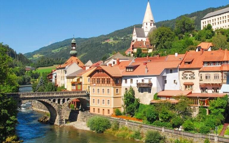 Appartement zur Brücke *** v centre Murau, rakúske Alpy