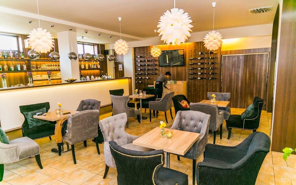 Vináreň, víno, Hotel Rezident ***, Turčianske Teplice