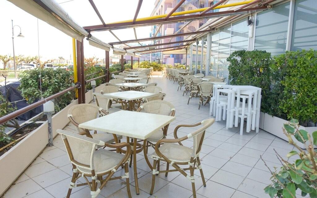 Terasa, Hotel David ***, Cesenatico, Rimini, Taliansko