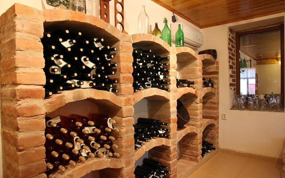 Víno, degustace, Penzion Retro Vrbovec, jižní Morava