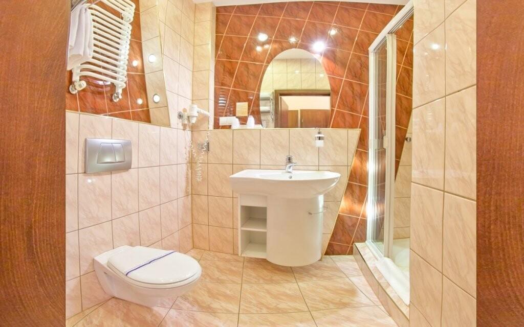 Kúpeľňa izby, Hotel Klimek **** SPA, Poľsko