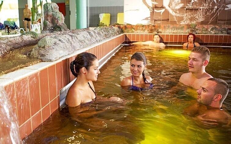 Termálne kúpele Hajdúszoboszló sú 5 minút od hotela