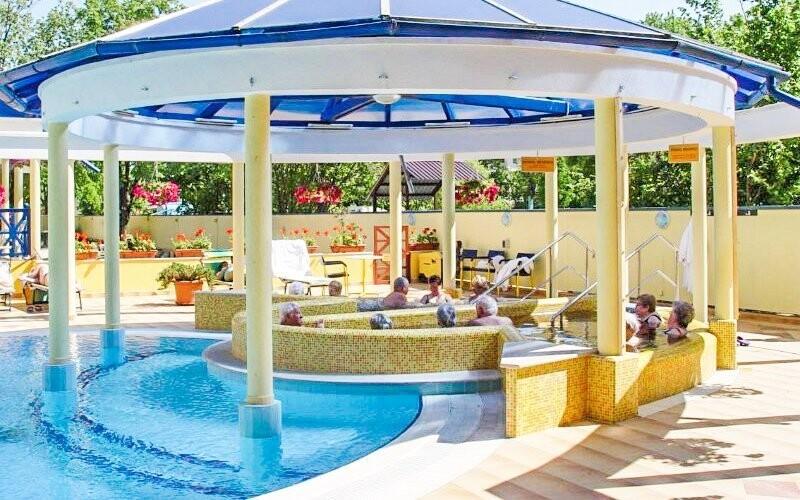 Termálny bazén, wellness, Hotel Rudolf, Hajdúszoboszló