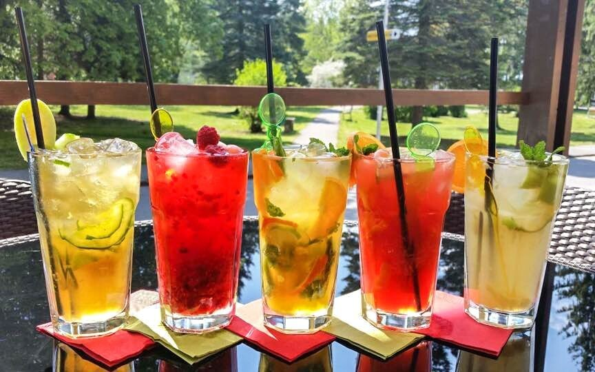 Drinky, bar, Hotel Rezident, Turčianske Teplice