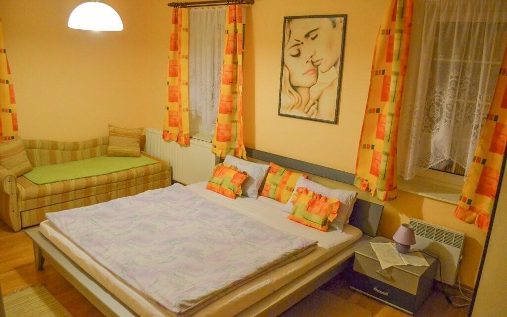 Komfortní dvoulůžkové pokoje, Pension Rex, Šumava