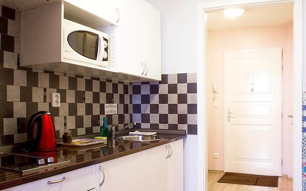Nechybí vlastní vybavená kuchyňka