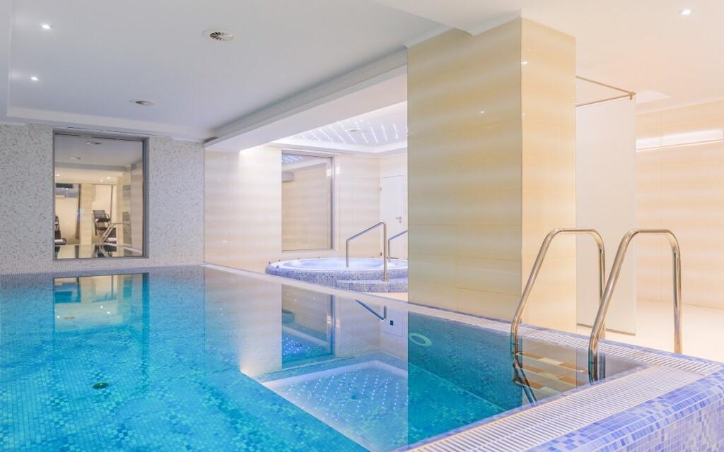 Bazén, wellness, Outlet Hotel Polgar **** Maďarsko