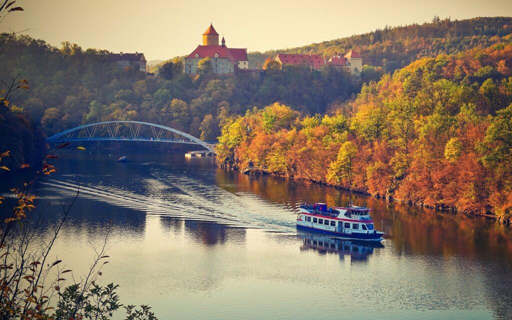Vychutnajte si krásu Brnenskej priehrady a hradu Veveří