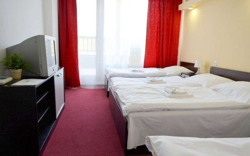 Pohodlné izby Standard, Hotel Lucia ***