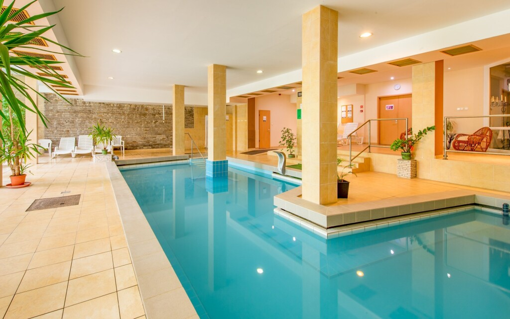 Wellness, termálna voda, bazén, Hotel Fit Hévíz, Maďarsko
