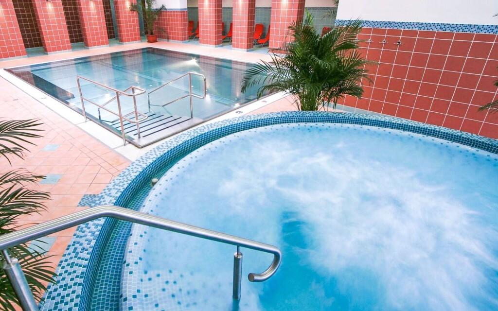 Aquapark Turčianske Teplice, bazén, vířivka, wellness