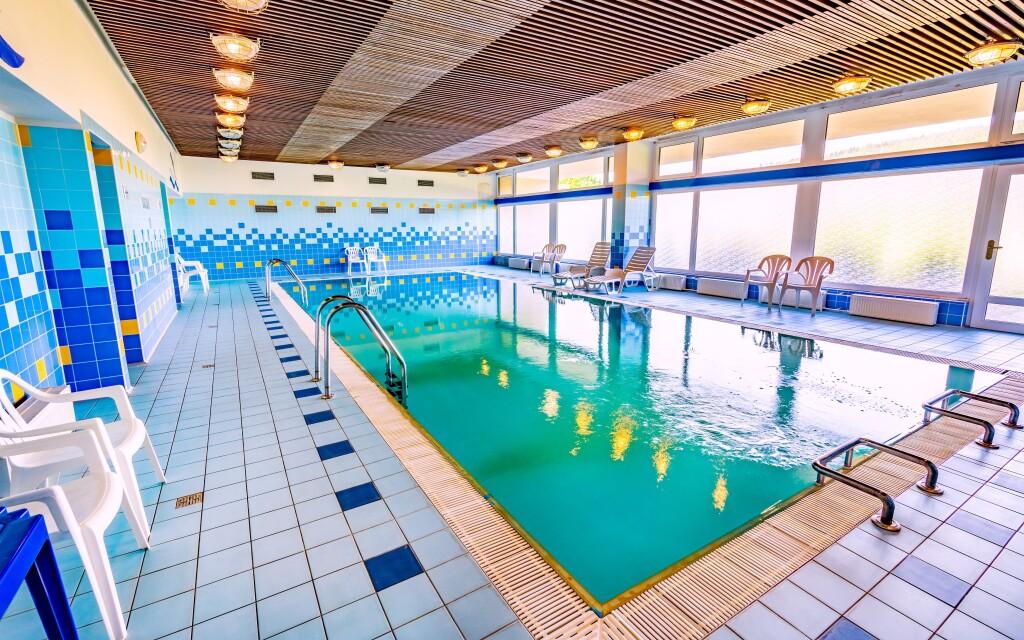 Hotelový bazén, Hotel Harmonie ***, kúpele Luhačovice