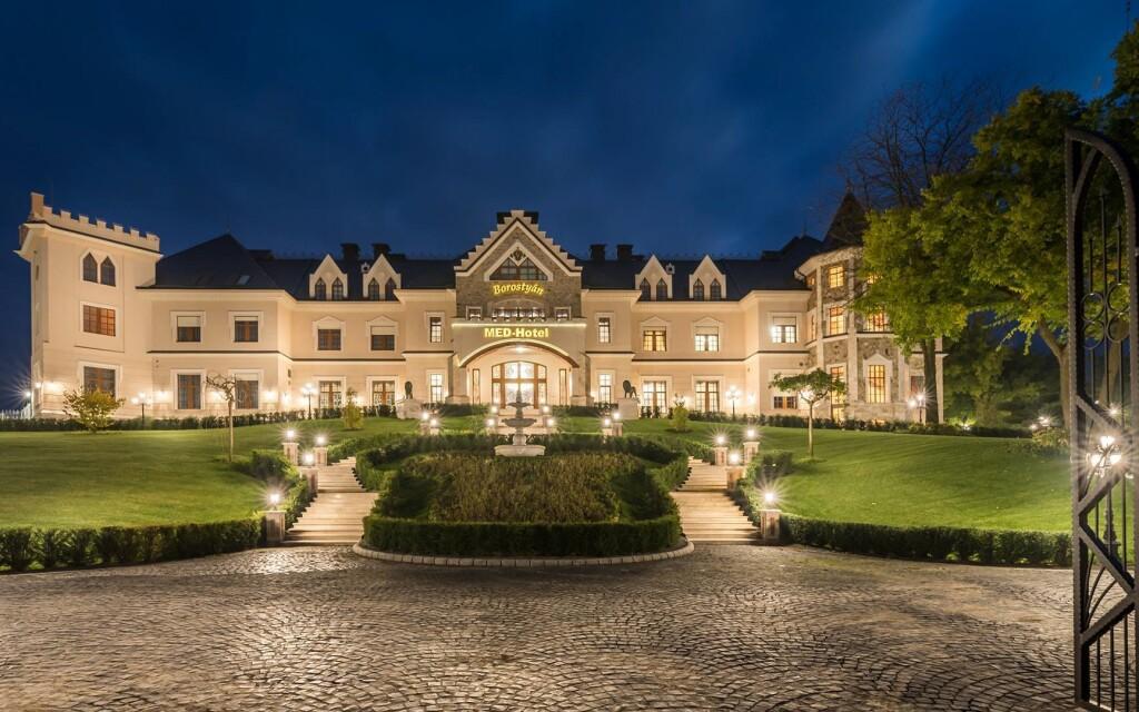 Luxusný zámocký hotel, Borostyán Med Hotel, Maďarsko