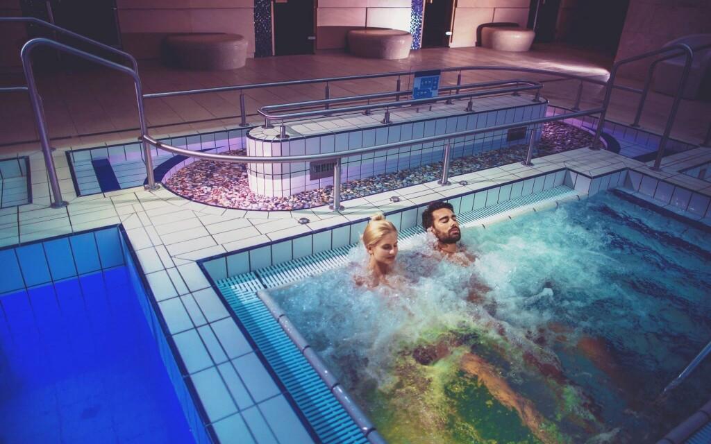 Termálne kúpalisko Bükfürdő budete mať na pár metrov