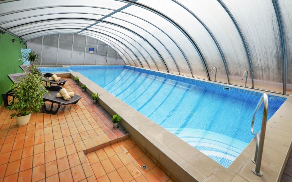 Úszómedence, wellness részleg, Panorama Hotel Noszvaj