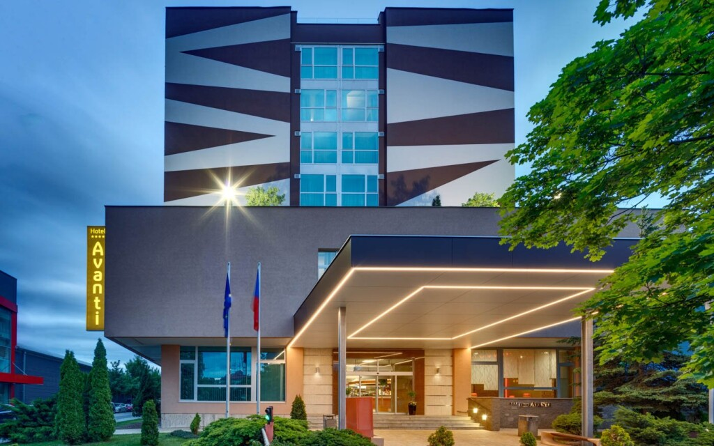 Vstup do Hotela Avanti ****