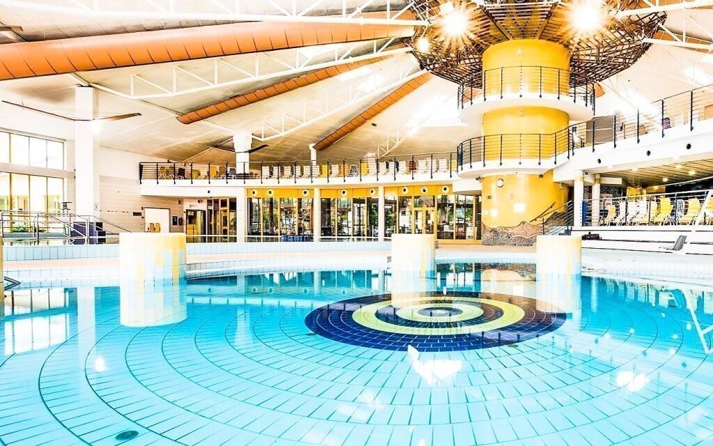 A híres Sárvári Gyógyfürdő