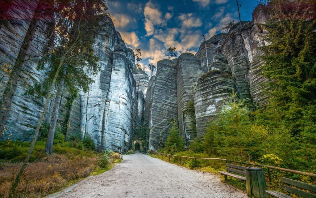 Užijte si skvělou dovolenou v Adršpachu