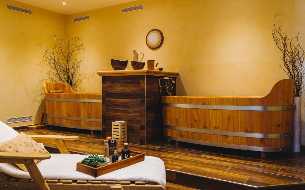Unikátní modřínové vany, Hotel Holistic La Passionaria ****