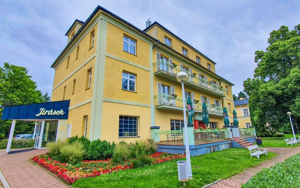 Hotel Jirásek *** v Konstantinových Lázních, Západní Čechy