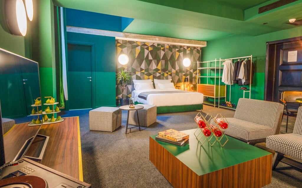 Pokoj Deluxe, Stories Boutique Hotel ****, Budapešť