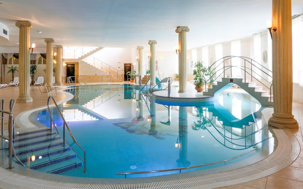 Wellness centrum, Spa Resort komplex Bristol Group ****
