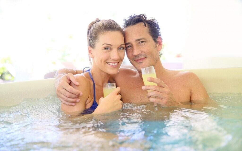Dopřejte si super relax v hotelové vířivce