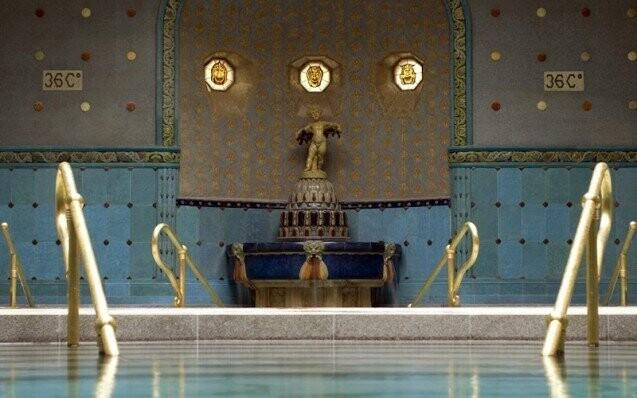 Budapest Lazne Spa koupele Lazne Gellert