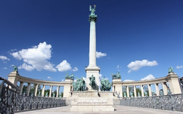 Namesti namestie budapest centrum madarsko pobyt zlava