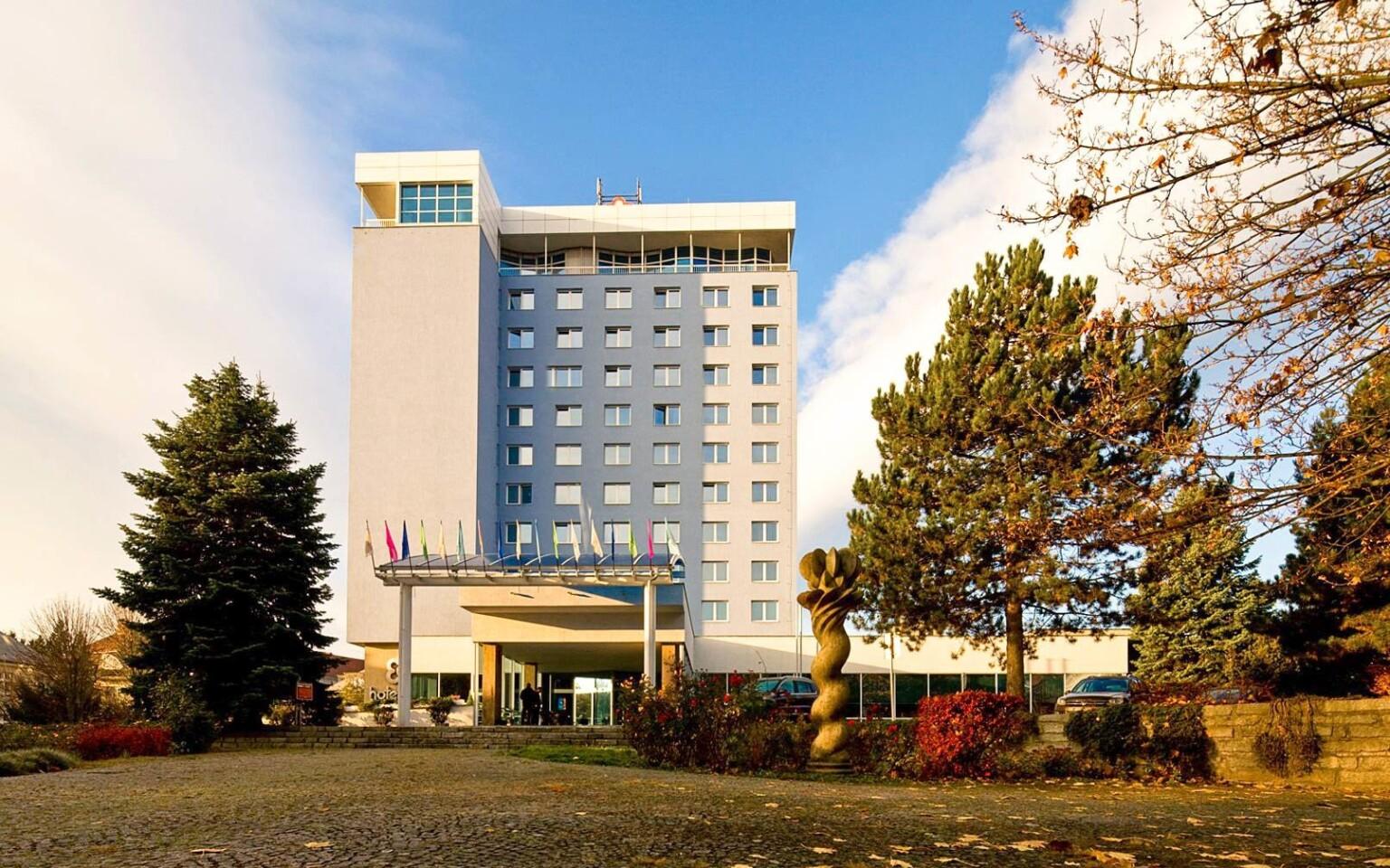 Hotel Flora *** v centru Olomouce nabízí i lázně