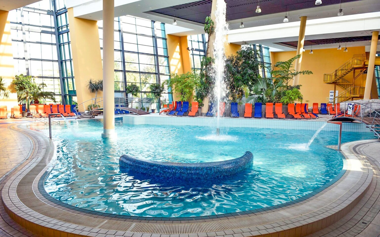 Užite si neobmedzený vstup do termálnych kúpeľov Aquasziget