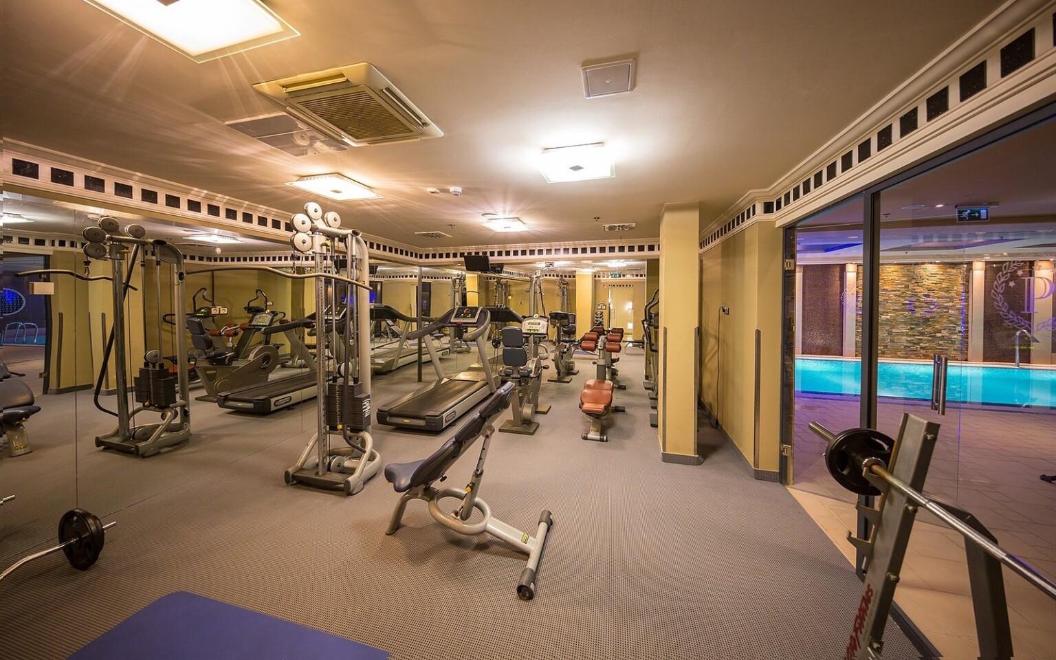 K dispozícii je aj fitness centrum
