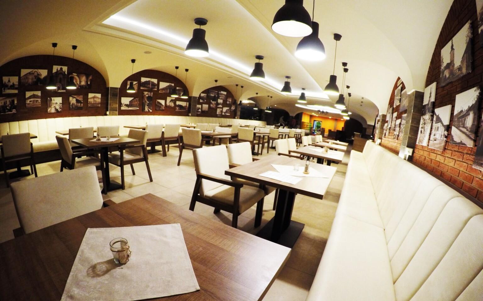 Polpenzia, reštaurácia, Hotel Sport Aqua ***, Slovensko
