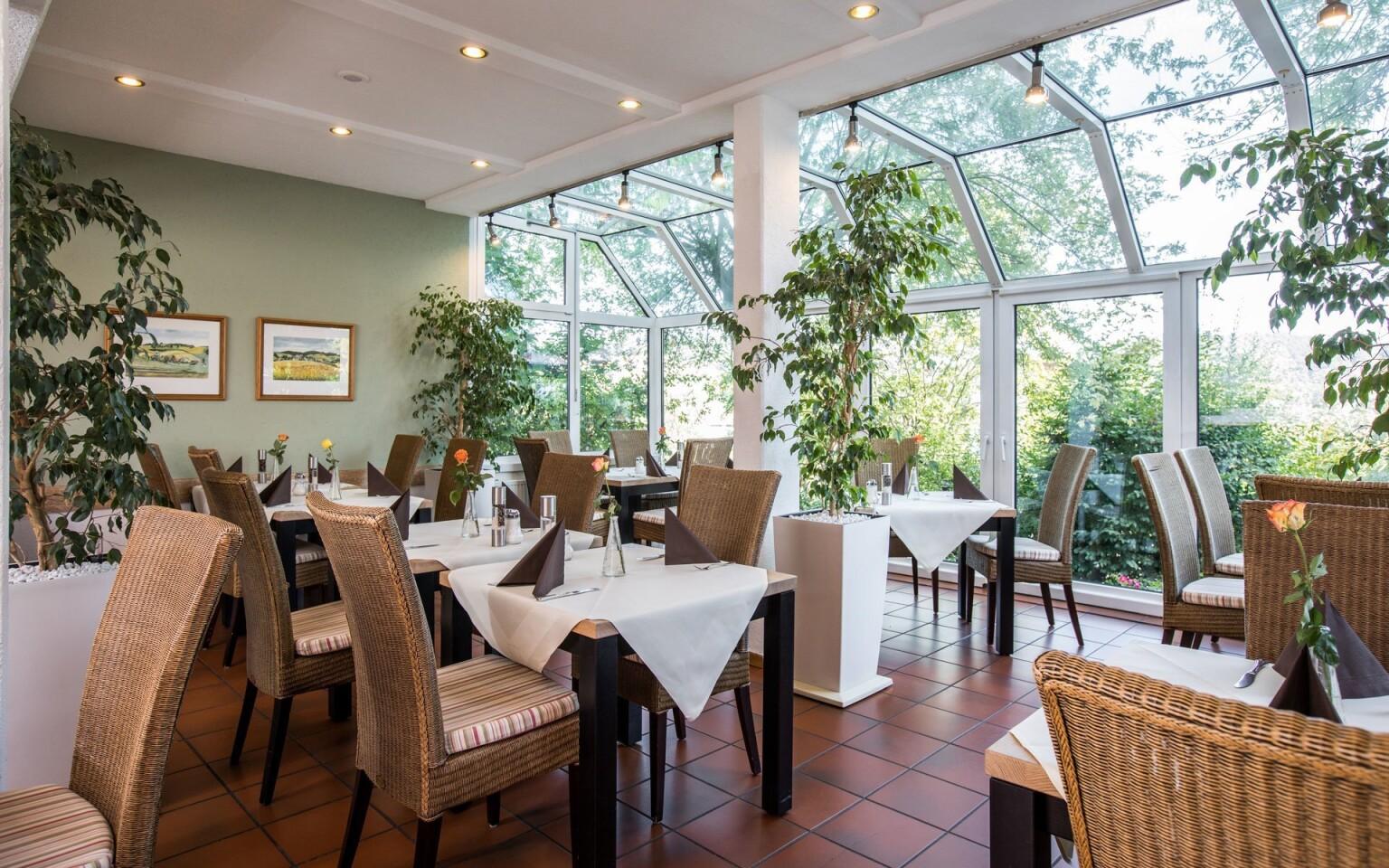 Reštaurácia, raňajky, polpenzia, AktiVital Hotel, Nemecko