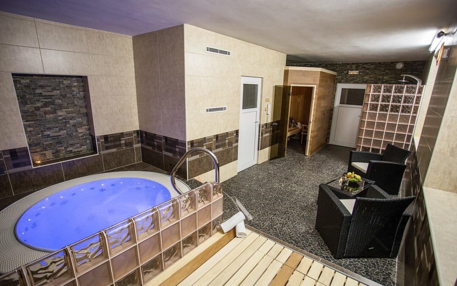 Privátní wellness, vířivka, Hotel Bon, Tanvald, Jizerky