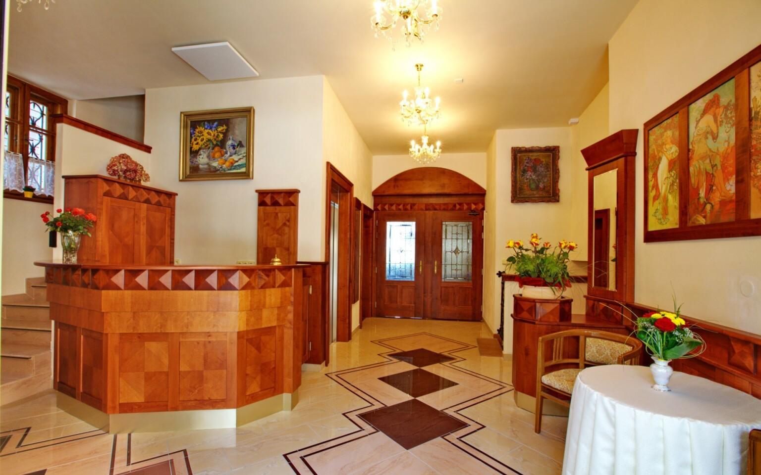 Interiér, recepcia, Hotel Fortna, Chrudim