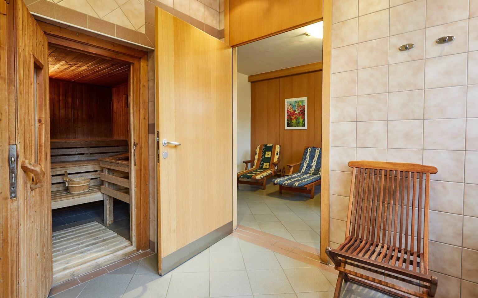 Součástí wellness centra je samozřejmě sauna