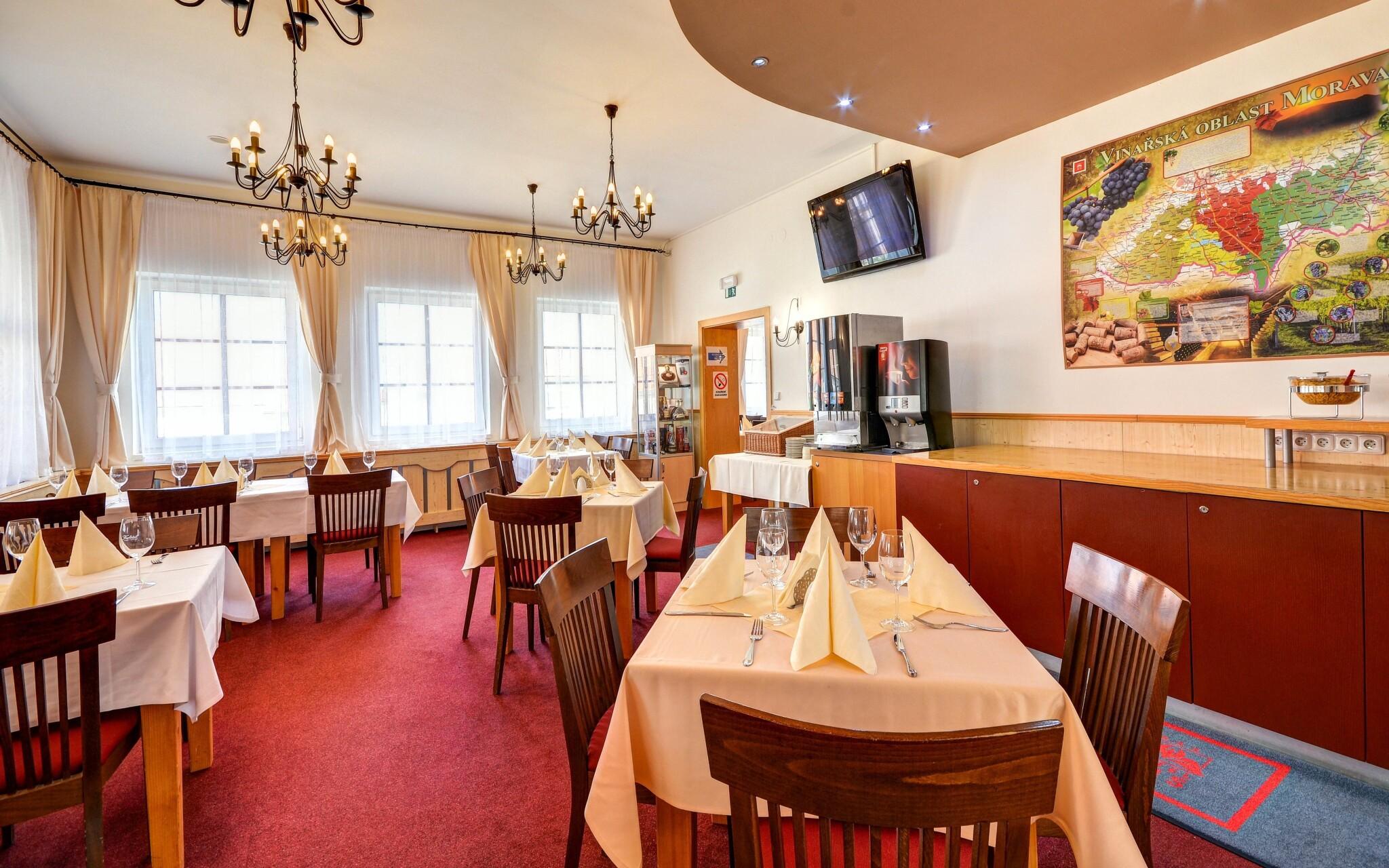 Restaurace, Wellness Hotel Iris ***