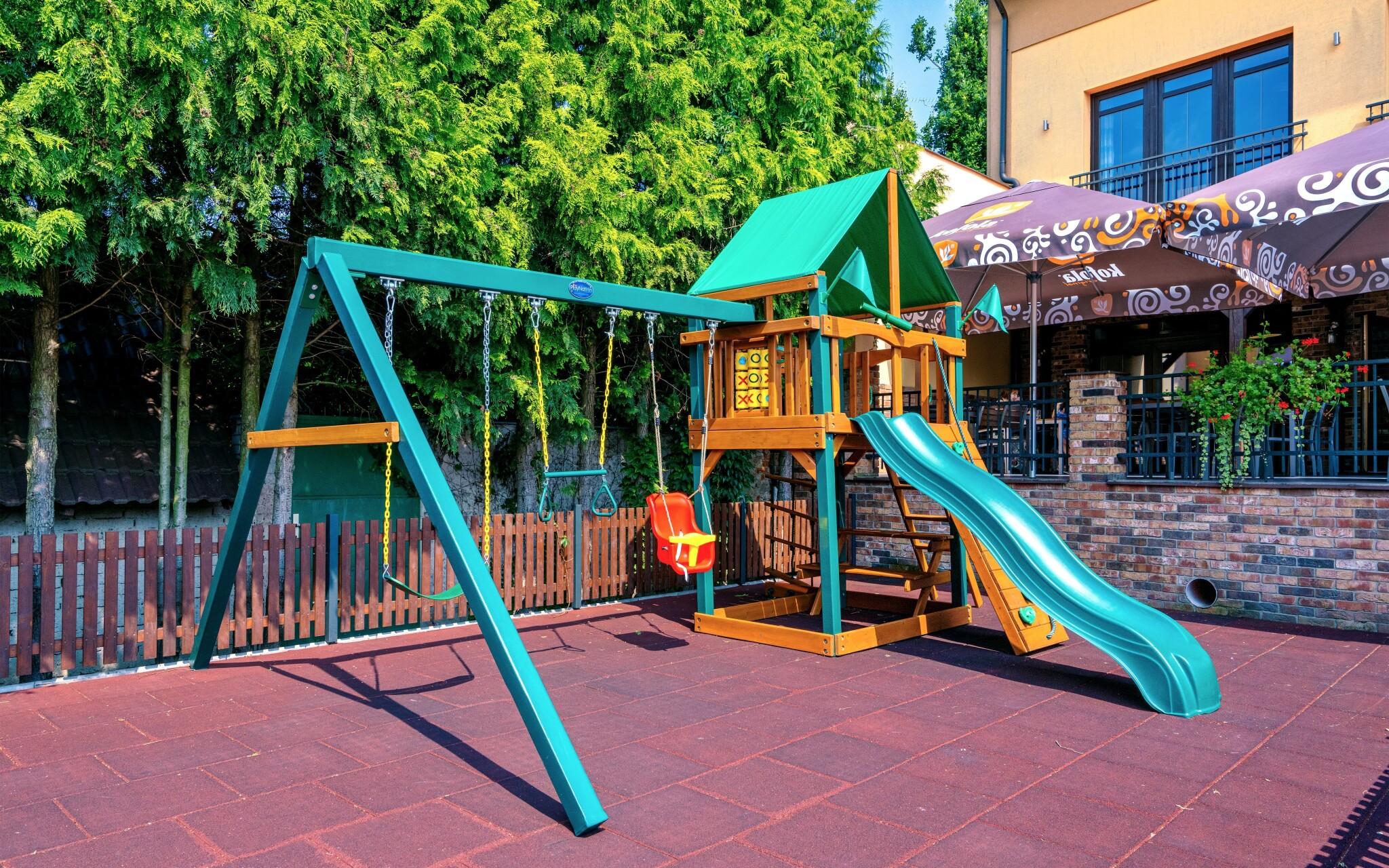 Detské ihrisko, vyžitie pre deti, Hotel Lidový dom ***