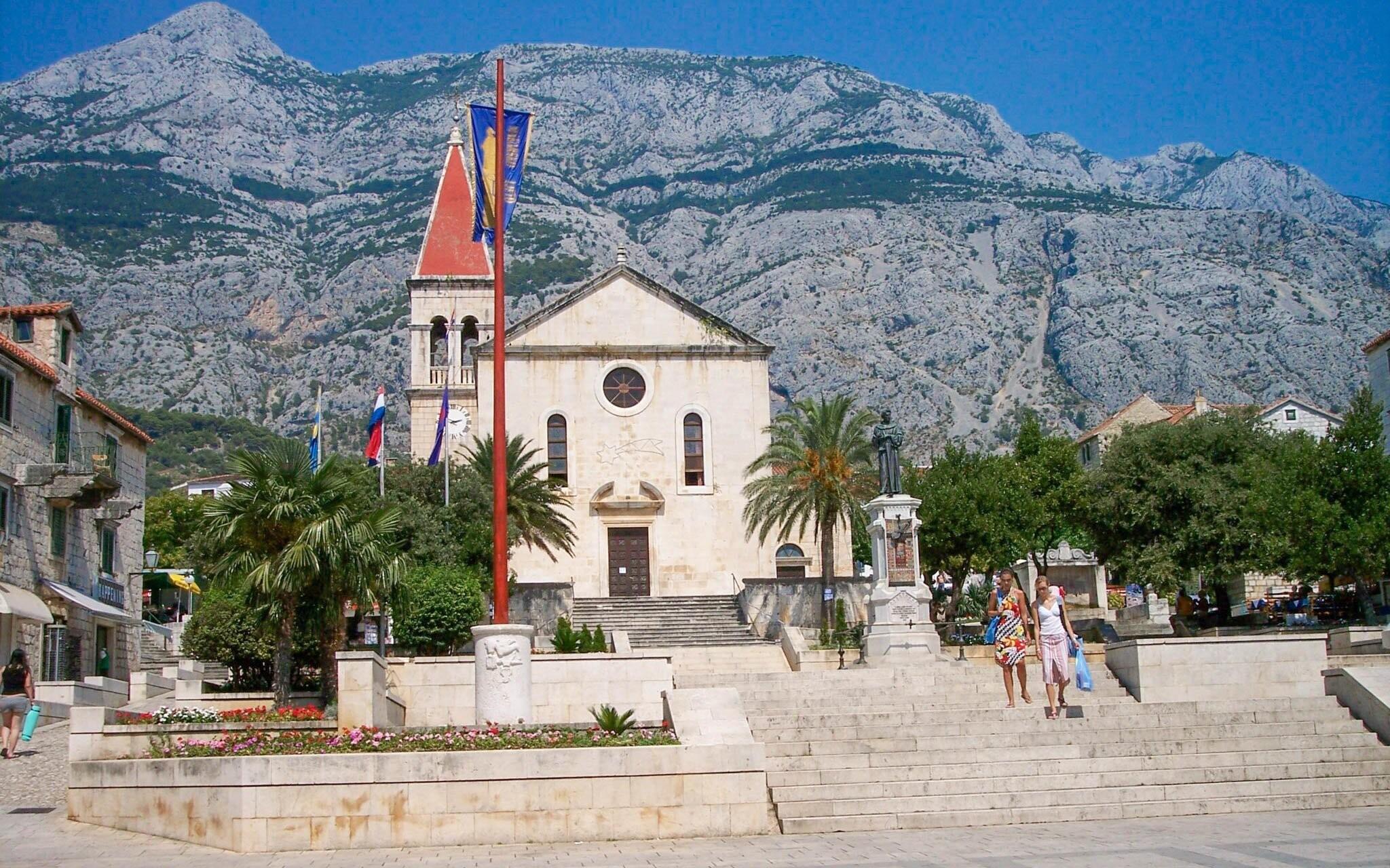 Makarska, mesto s bohatou históriou, Chorvátsko