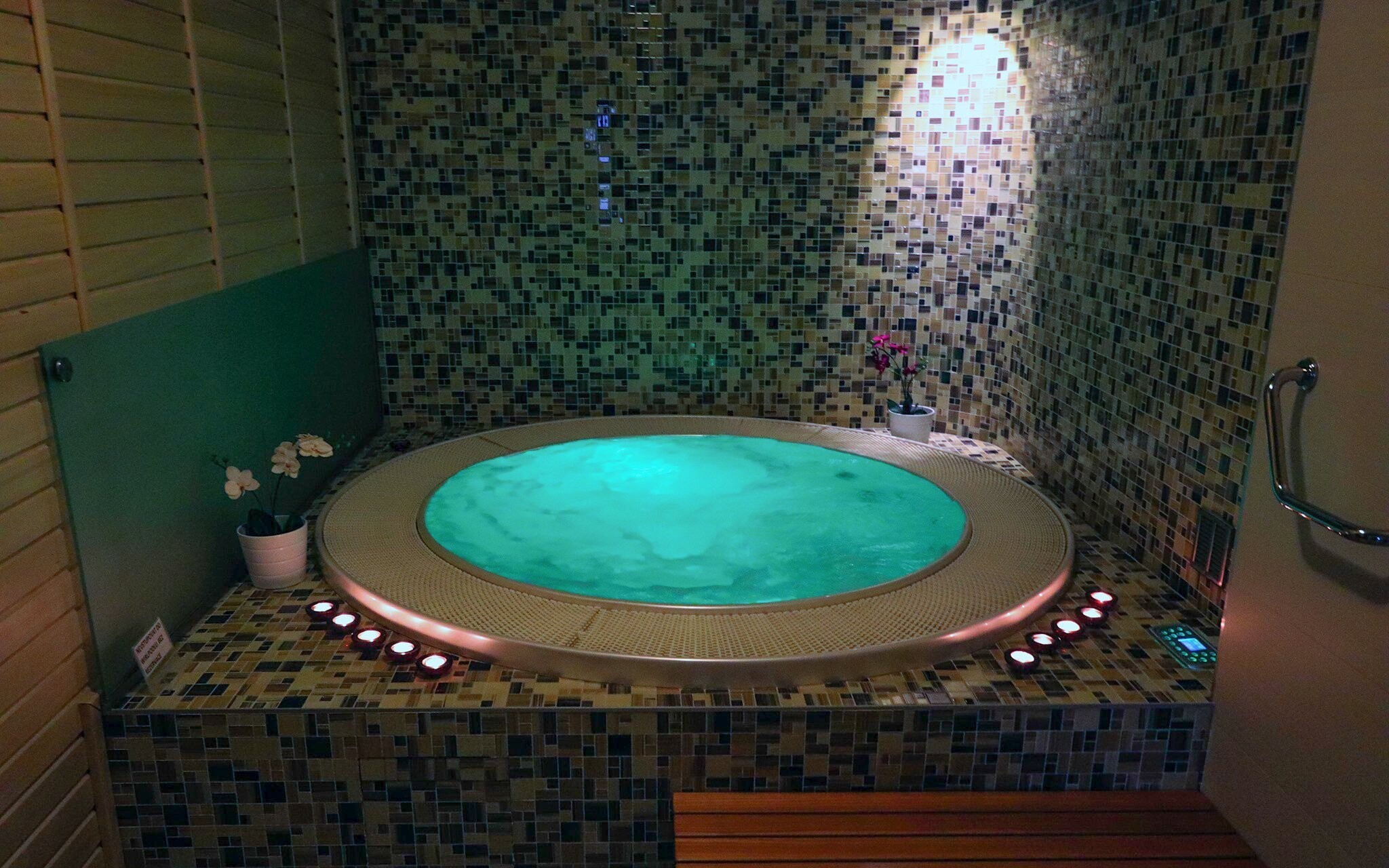 Wellness centrum, vířivka, Hotel Corona, jižní Čechy
