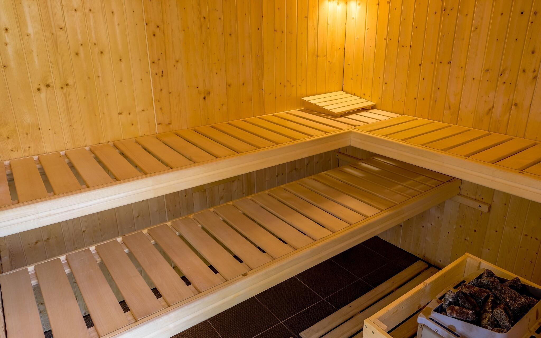 Zajděte si do wellness s finskou saunou