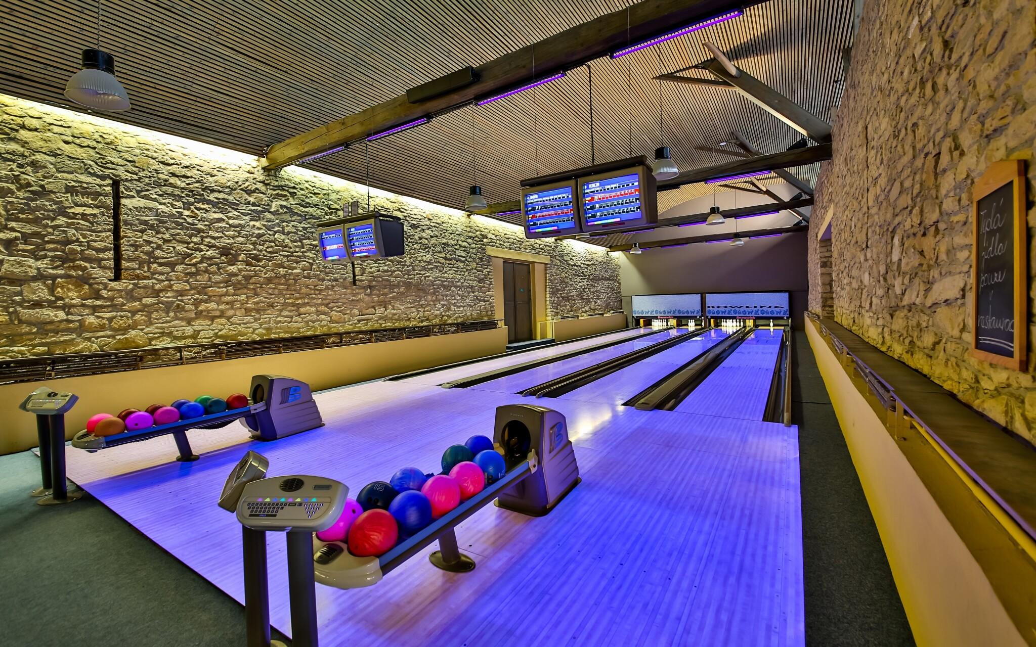 Zahrať si môžete bowling či biliard