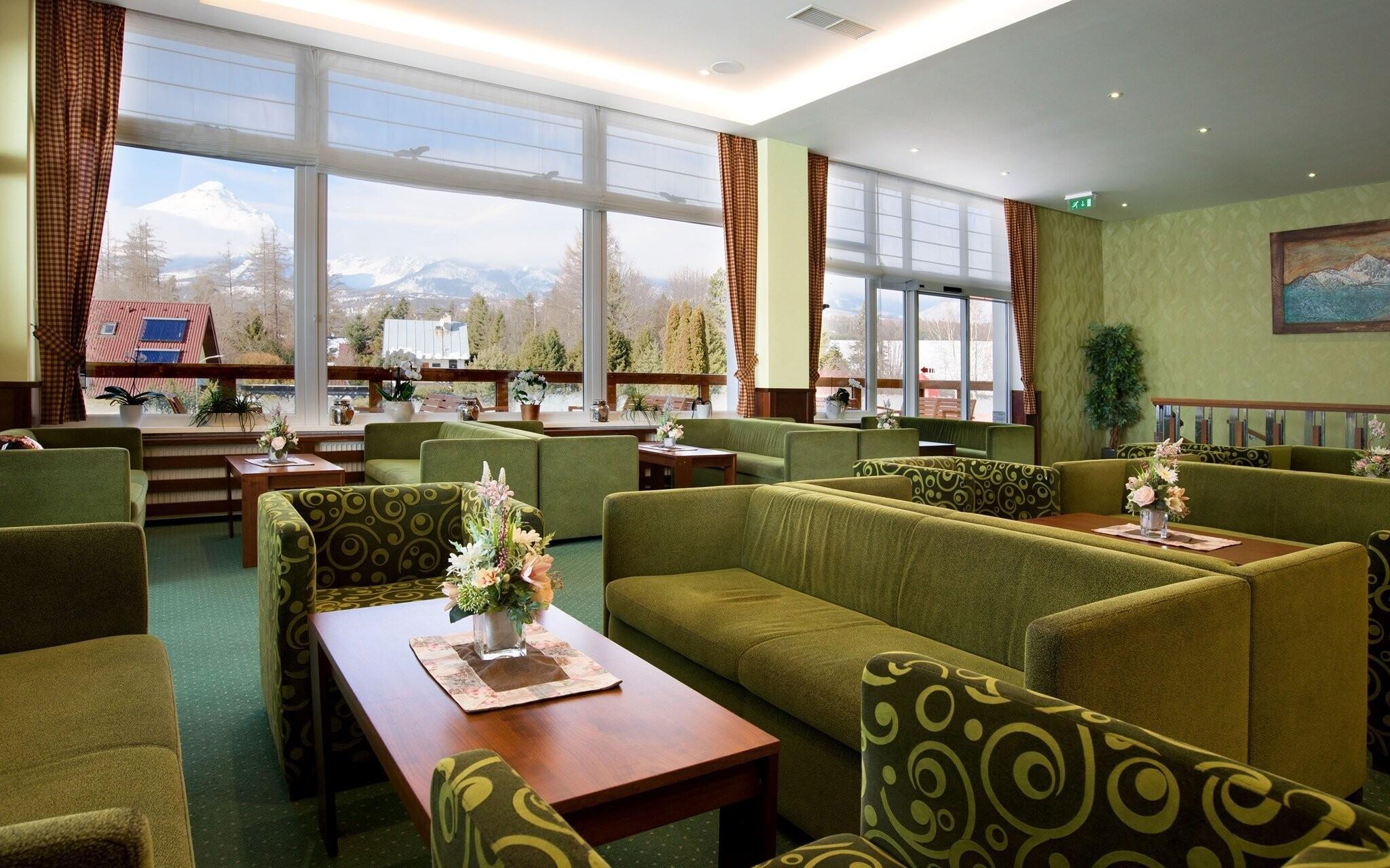 Luxusní interiéry, posezení v Hotelu Lesana *** Vysoké Tatry