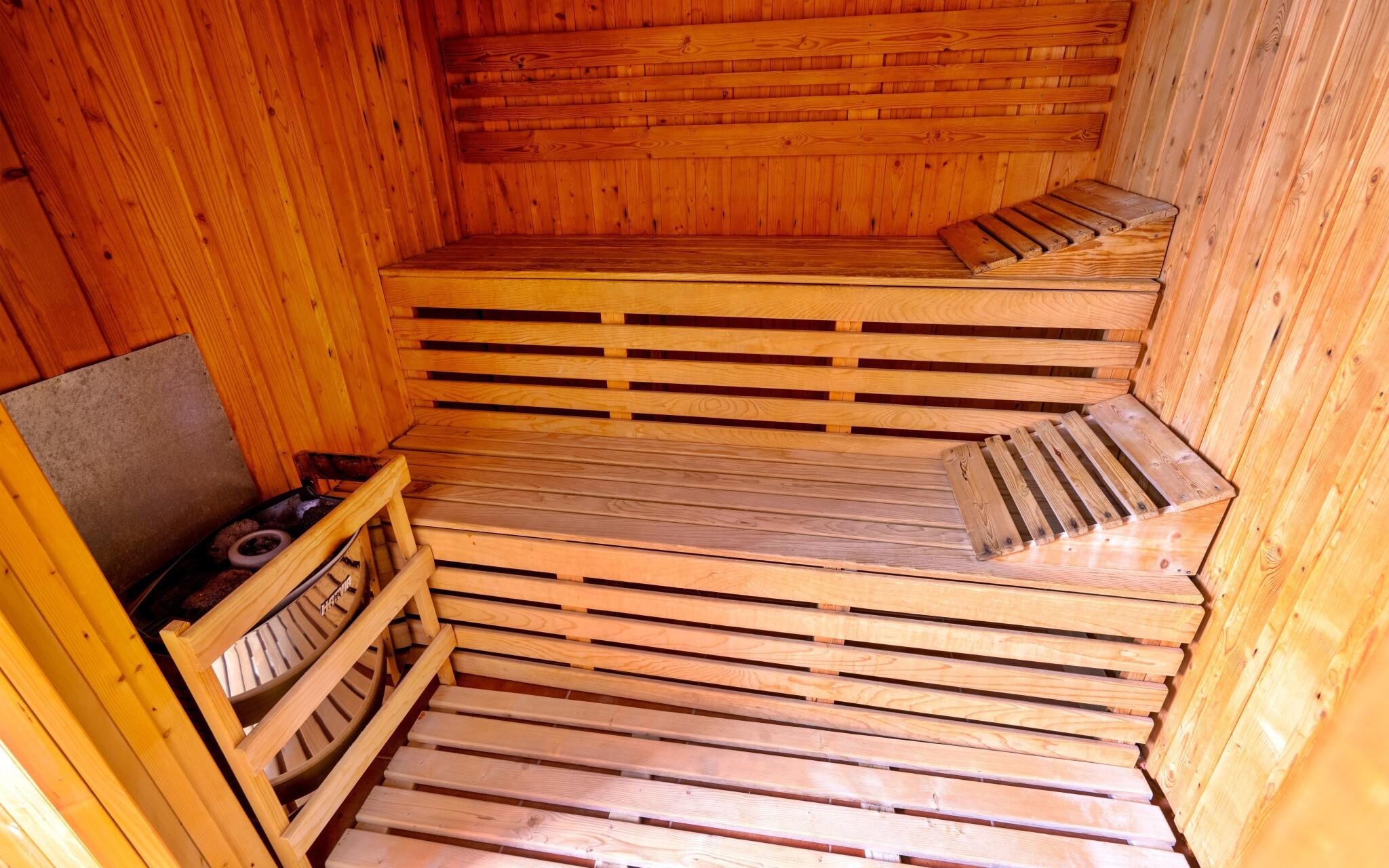 Zavítejte do hotelového wellness se saunou