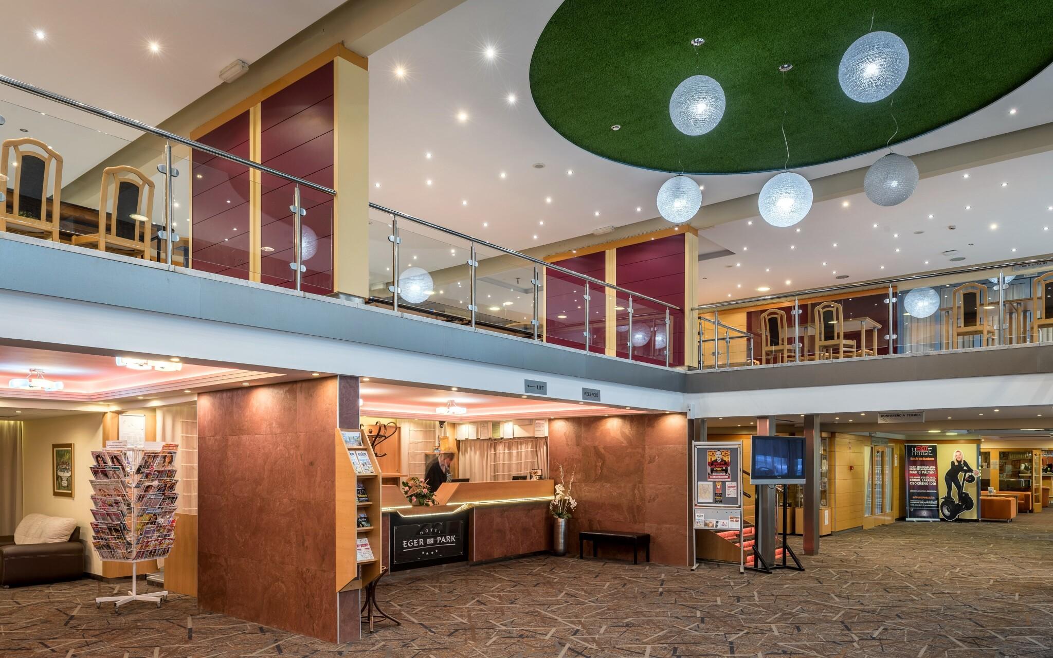 Interiéry hotela sú luxusné